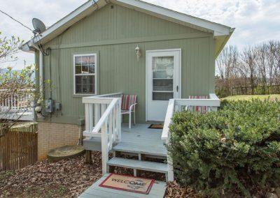 Cottage at Mayneview B & B Luray VA