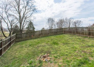 Fenced Yard Mayneview Cottage in Luray VA