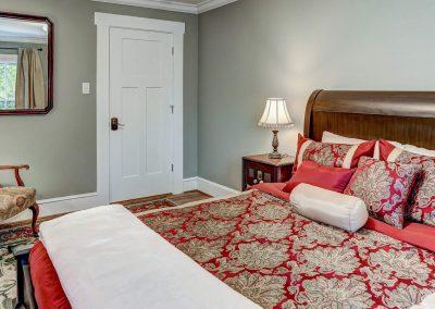 Page Room at Mayneview B & B Luray VA