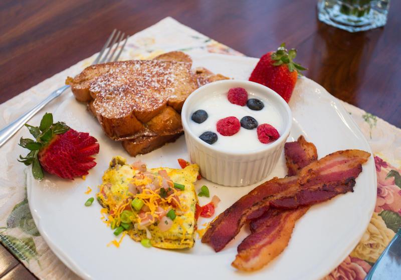 Sample Breakfast at Mayneview B&B in Luray VA